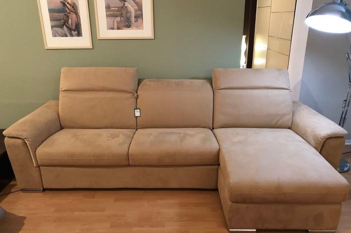 """buy popular 3603c f4623 Divano """"CuboRosso"""" con letto offerta €2.400 cubo"""